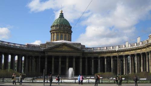 Казанский собор, Петербург (1801-1811). Архитектор А. Воронихин