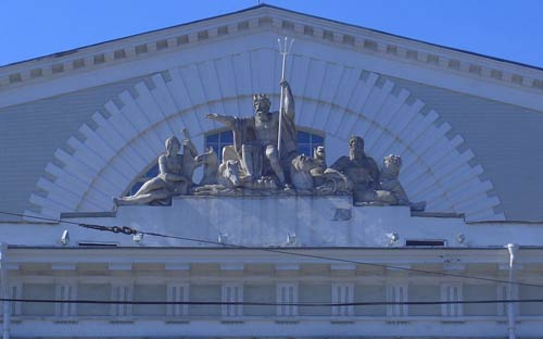 Здание Биржи с ростральными колоннами, Петербург, архитектор Тома де Томон