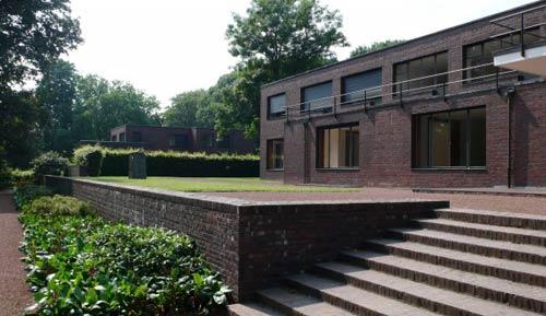 Mies Van Der Rohe. House Heuser. Krefeld. Germany, 1932