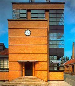 Фабрика «Фагус» (Fabrica Fagus ),Walter Gropius (1911–1916)