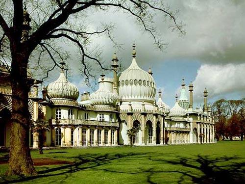 Королевский павильон в городе Брайтоне, графство Восточный Суссекс, Англия