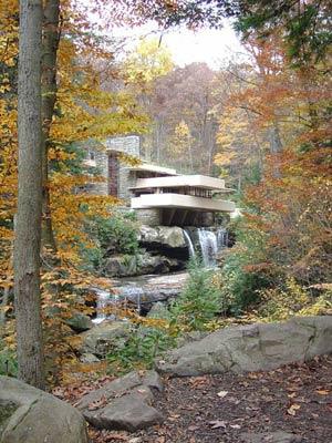 Дом-водопад, особняк Кауфмана в Пенсильвании-Вудс (1936). Фрэнк Ллойд Райт - Fallingwater House, Frank Lloyd Wright