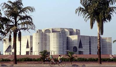 Здание парламента, Бангладеш, архитектор Луис Кан (Louis Kahn) Bangladesh Parliament Building