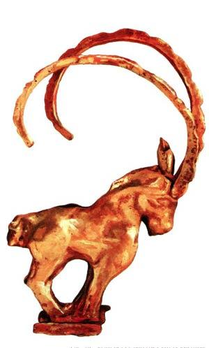 Бронзовое навершие в виде горного козла - символа благополучия мира. Красноярск.  VII век до н.э.