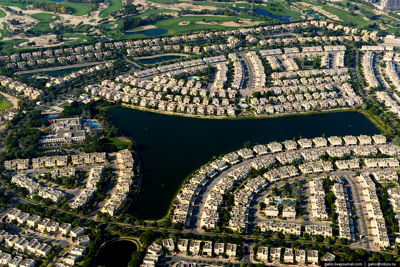 Жилой комплекс The Lakes